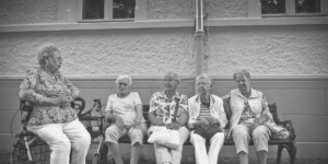 Dependencia y atención a los mayores